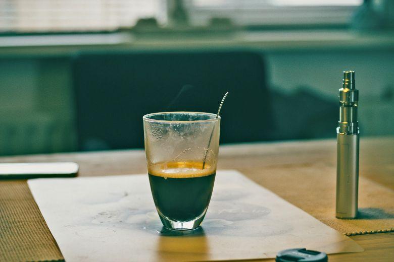Kaffee elektronische Zigarette Flüssigkeiten