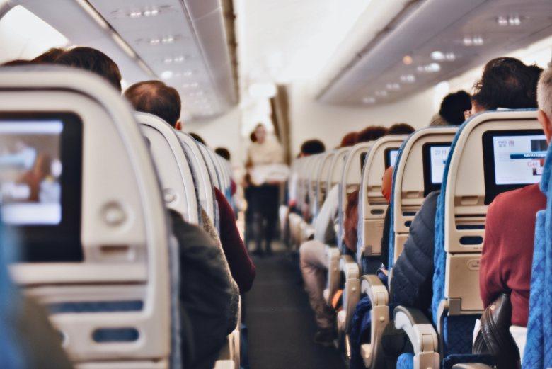 elektronische Zigarettenflüssigkeiten im Flugzeug