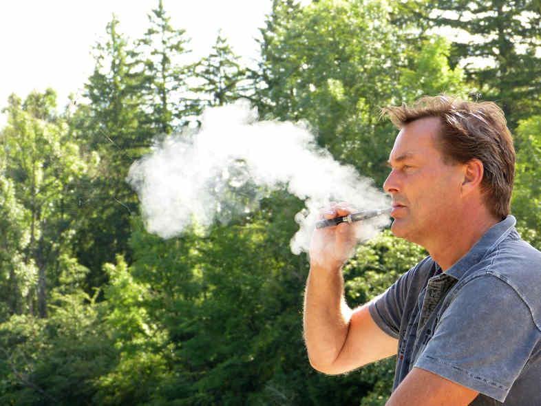 Die möglichen Folgen für elektronische Zigaretten, die durch die Verwendung billiger Flüssigkeiten entstehen